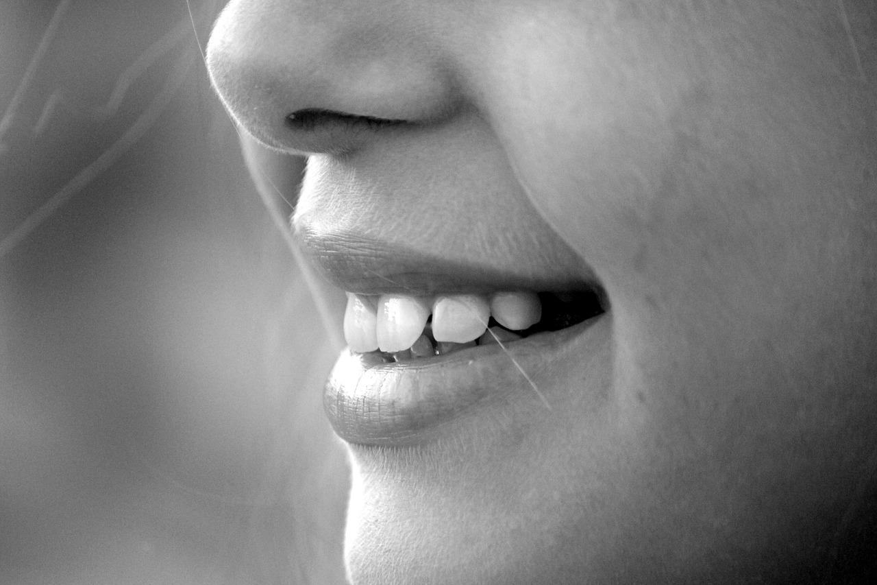 Whiten Teeth at Home Overnight